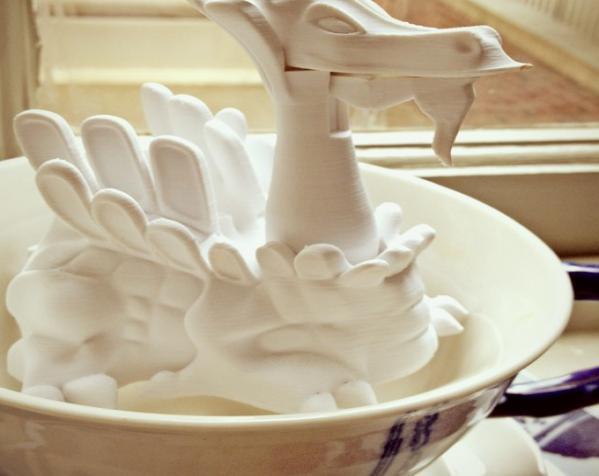 白色的龙 3D打印制作  图1