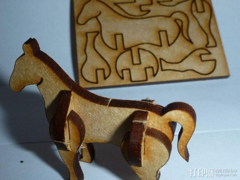 采用激光切割的迷你马驹 3D模型  图1