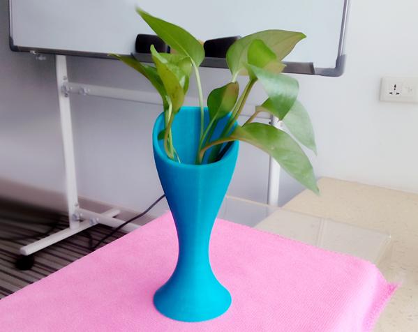 蓝色花瓶 3D打印制作  图3