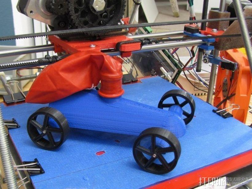 气球驱动汽车 3D模型  图1
