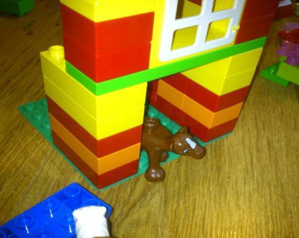 得宝玩具建筑底板 3D模型  图2