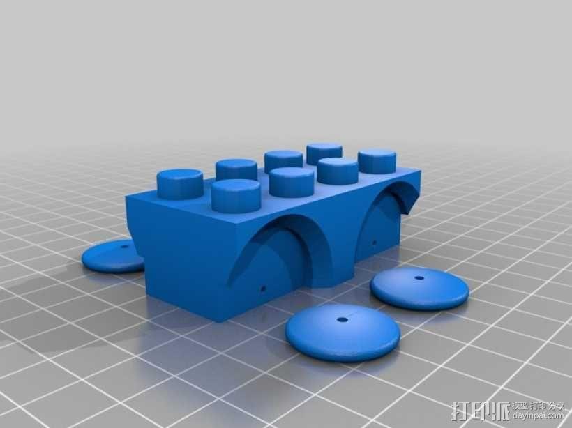 方块拼成的玩具火车 3D模型  图2