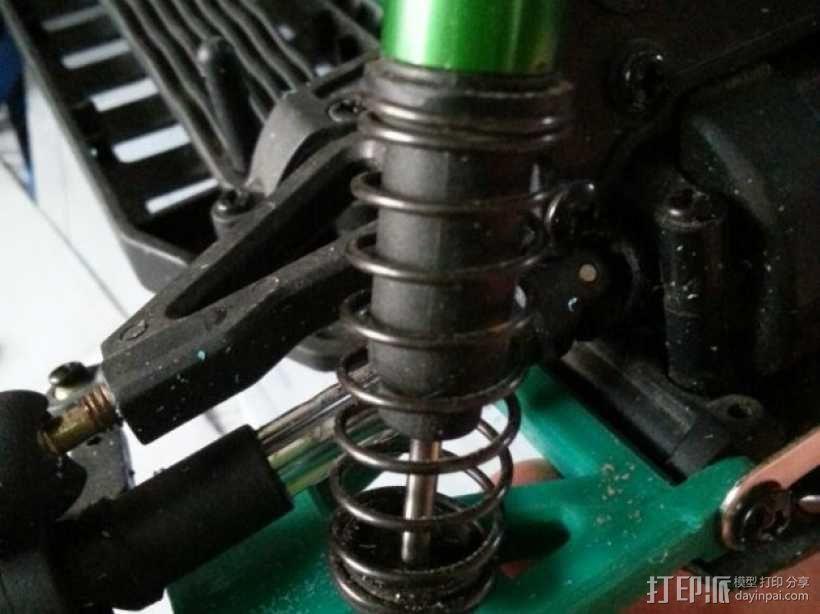 遥控赛车的低前悬吊结构臂 3D模型  图3