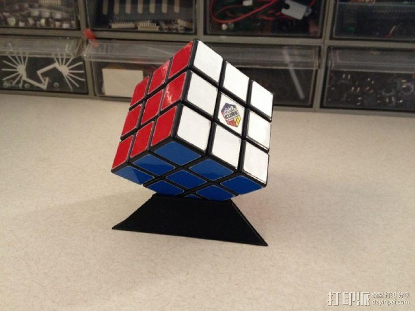 Rubik魔方三角座架 3D模型  图1