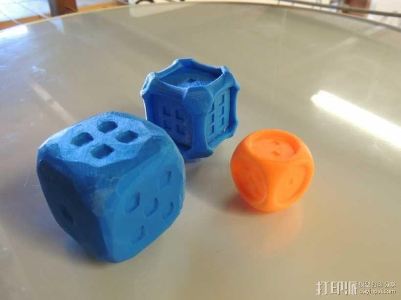 风格各异的六面体骰子模型 3D模型  图1