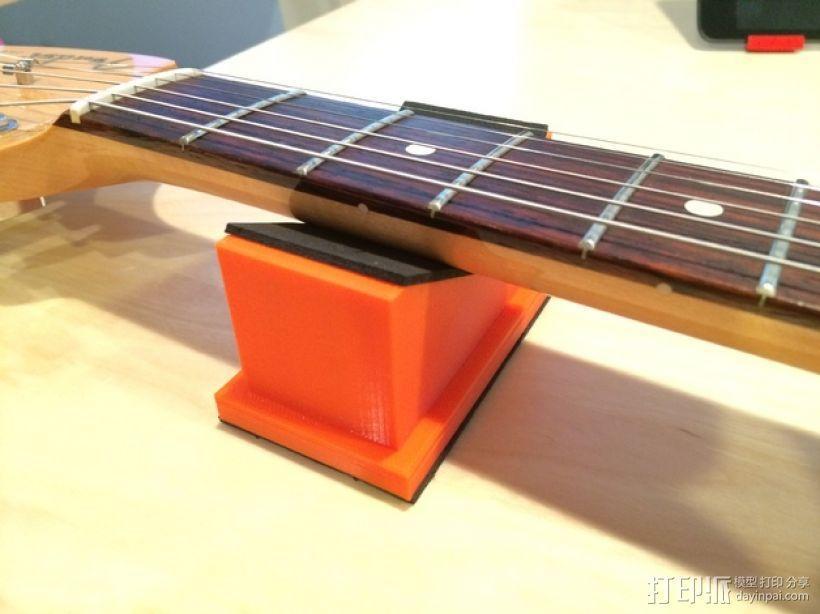 吉他琴颈支架 3D模型  图1