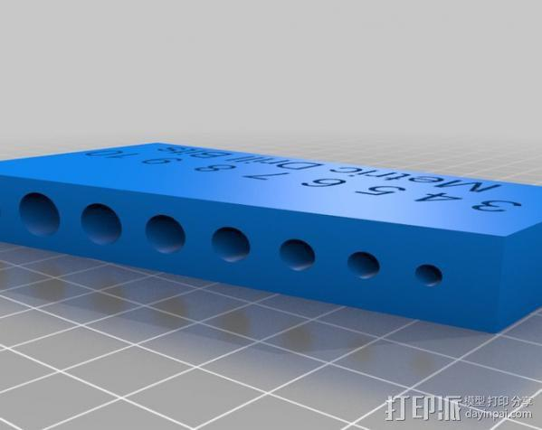 标准钻头置放架 3D模型  图1