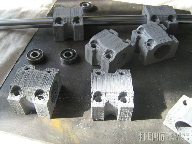 LM12UU滚珠轴承零部件 3D模型  图3