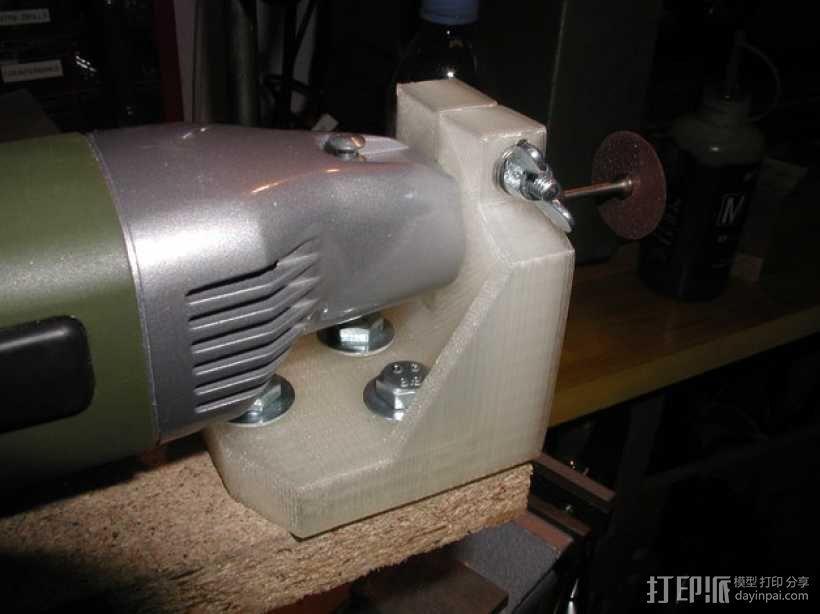 钻孔机钻头固定架 3D模型  图2