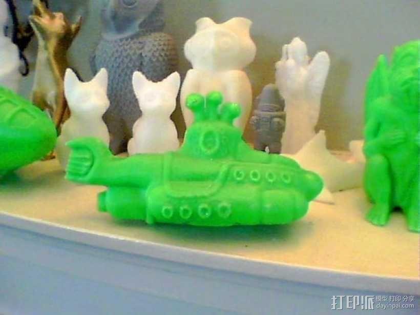 黄色的潜水艇 3D模型  图1