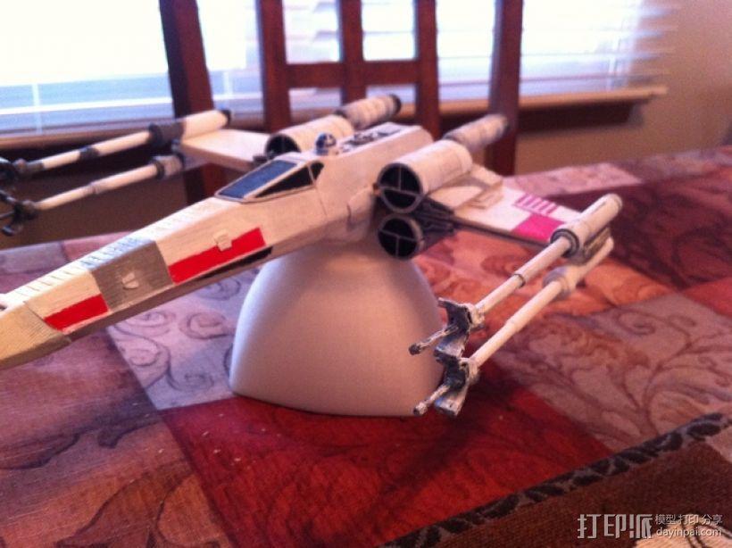 《星球大战》X翼战斗机 3D模型  图1