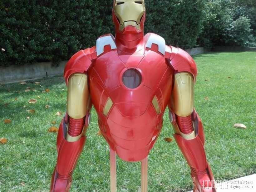 钢铁侠盔甲 3D模型  图1