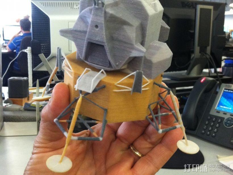 月球着陆器 3D模型  图1