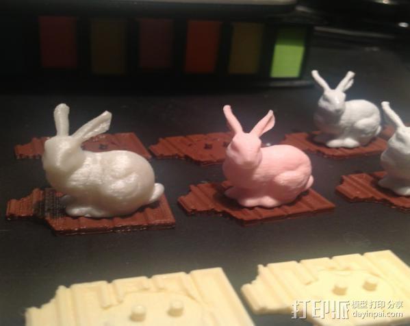 复活节兔子和块状糖 3D模型  图2