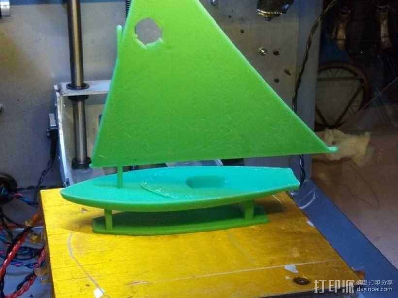 翻车鱼帆船 3D模型  图1