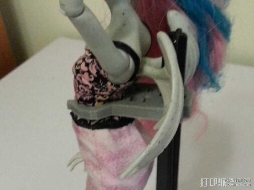 怪物精灵人偶夹 3D模型  图1