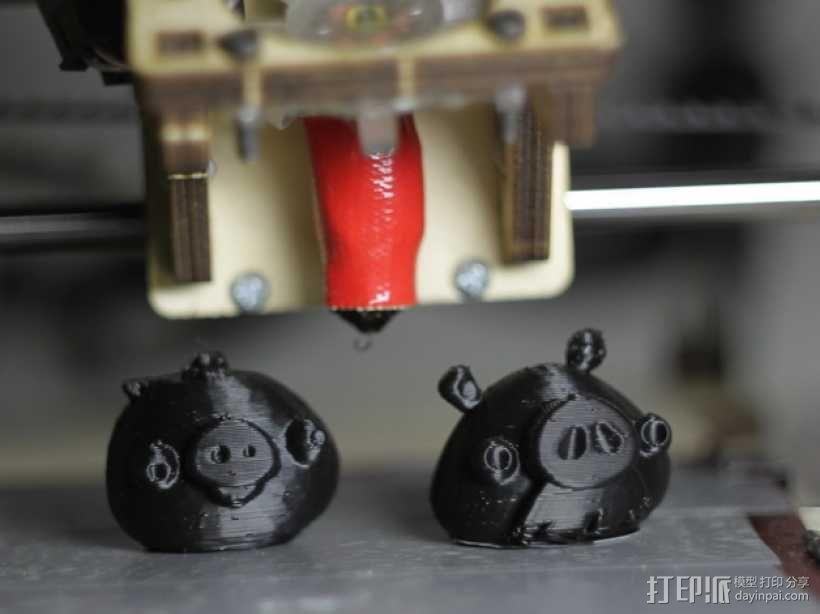 捣蛋猪 3D模型  图1