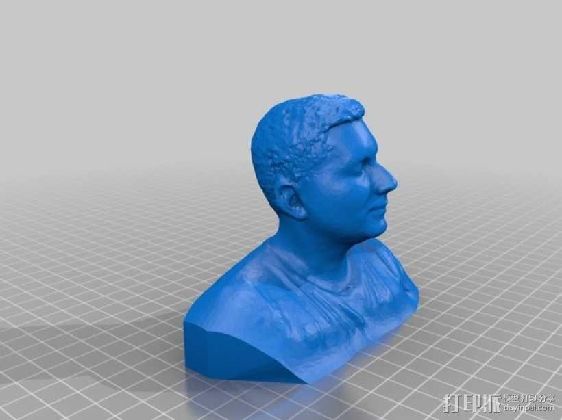 写实人物半身像 3D模型  图1