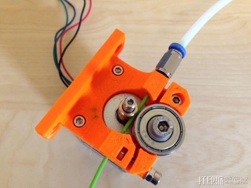 1.75毫米线材的鲍登挤出机 3D模型  图1