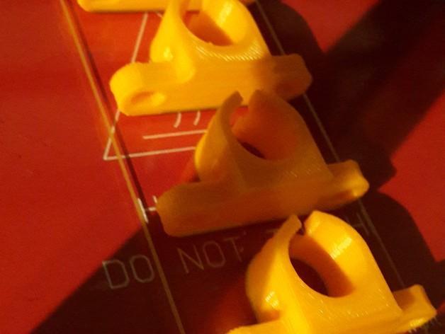LM8UU线性轴承固定架 3D模型  图3