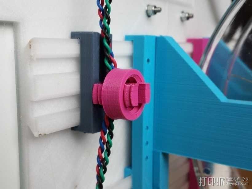 U2RS电线电缆夹 3D模型  图1