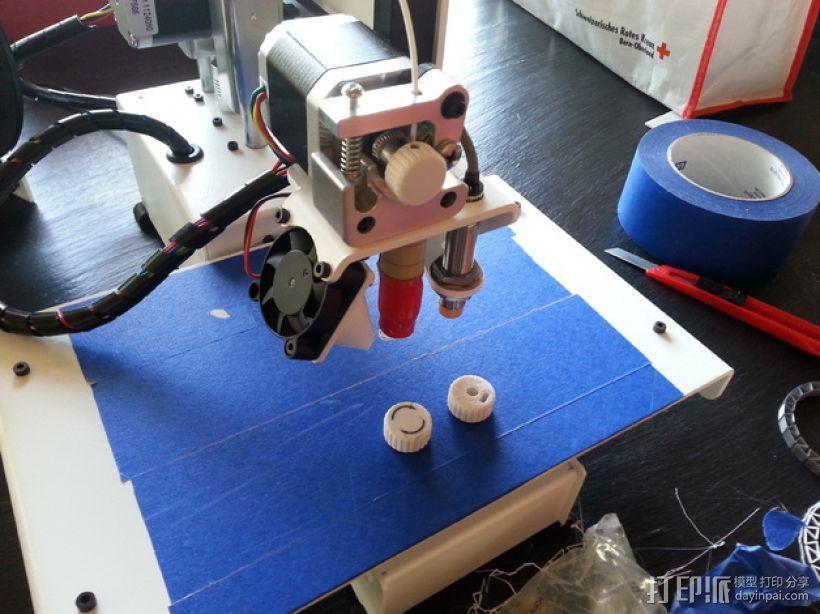 PrintrBot打印机的挤出机旋钮 3D模型  图1