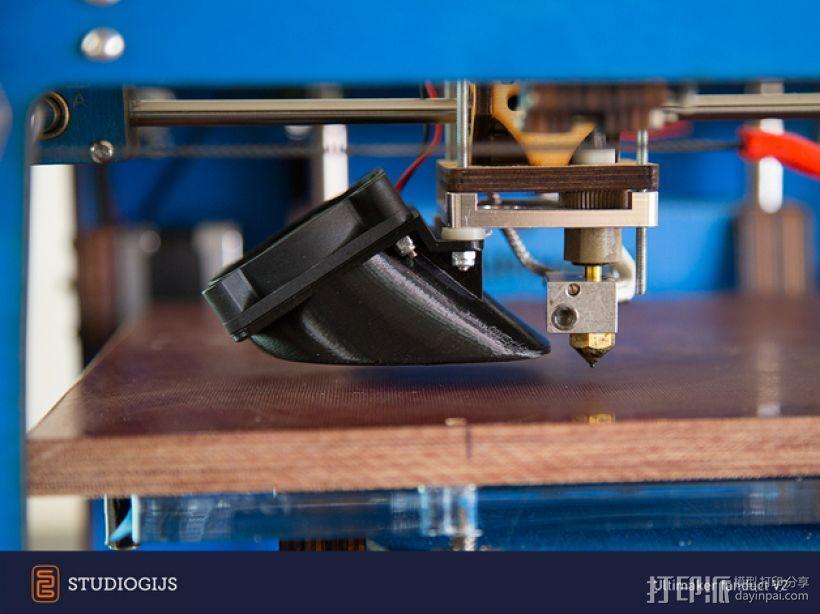 Ultimaker 挤出机通风导管 3D模型  图1