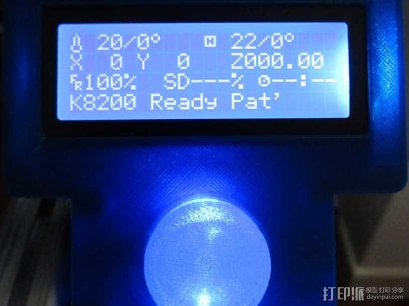 有着蓝色背景灯按钮的独立K8200 3D模型  图2