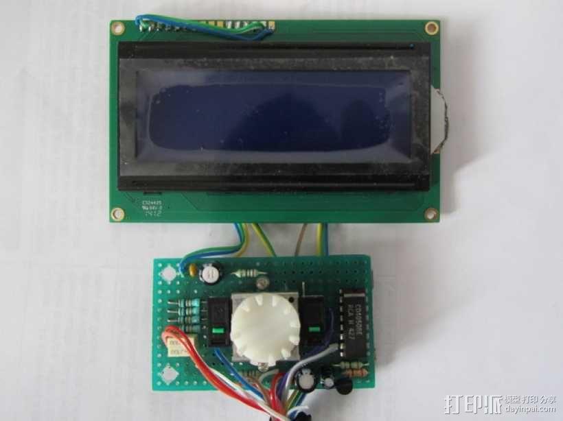 有着蓝色背景灯按钮的独立K8200 3D模型  图3