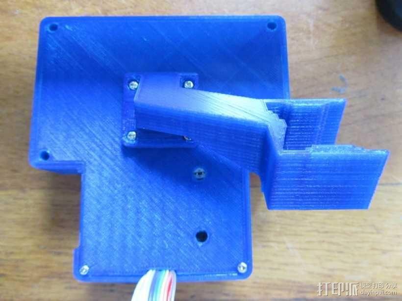 有着蓝色背景灯按钮的独立K8200 3D模型  图8