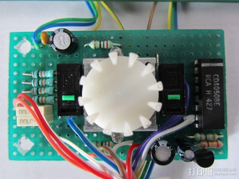 有着蓝色背景灯按钮的独立K8200 3D模型  图5