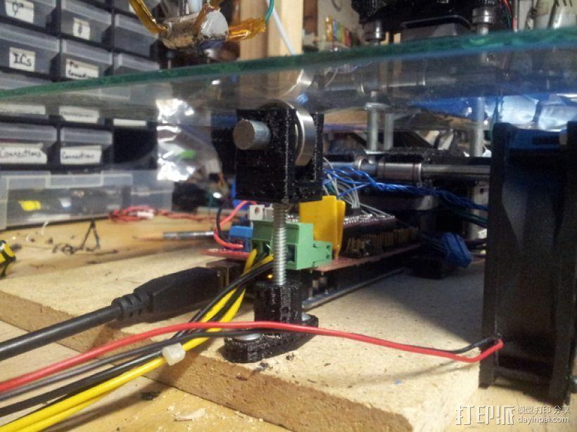 玻璃板支撑器 3D模型  图1