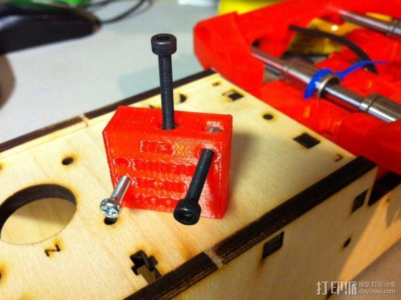 螺丝钉孔测试 3D模型  图1