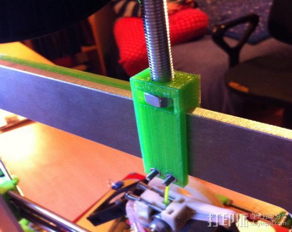 Prusa i3打印机线轴支架 3D模型  图3