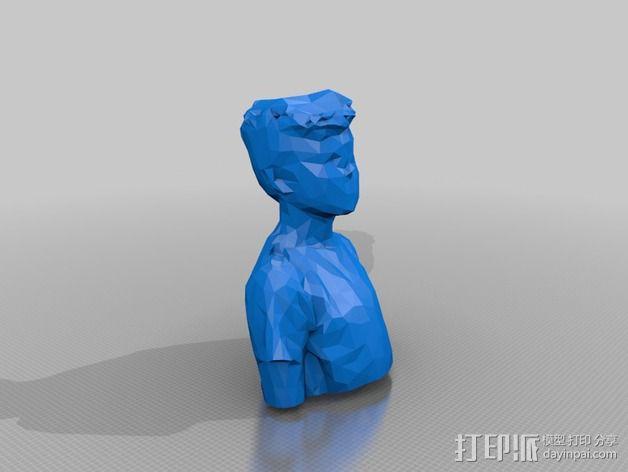 低面数人物半生像 3D模型  图2