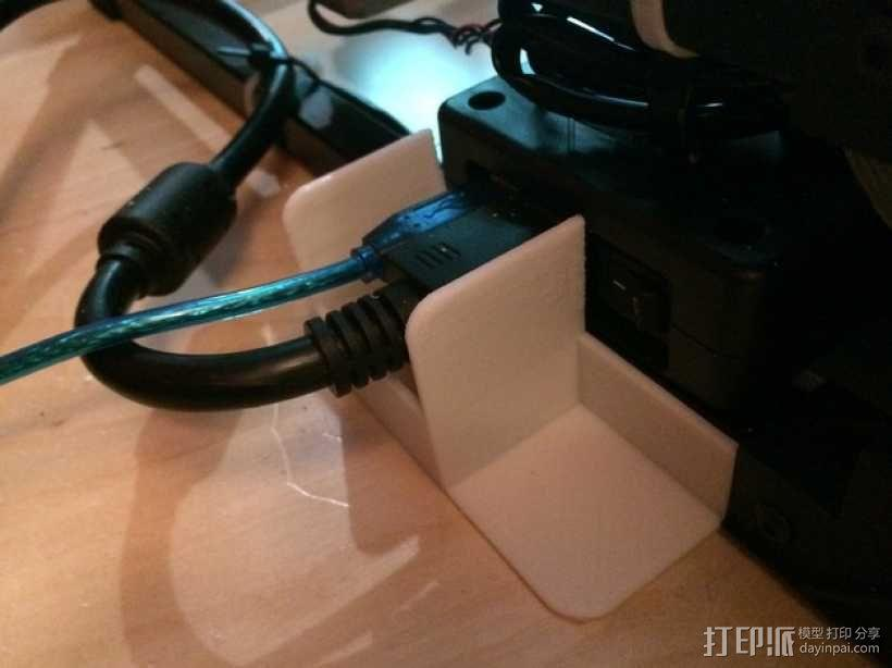 电缆保护器 插槽保护器 3D模型  图1