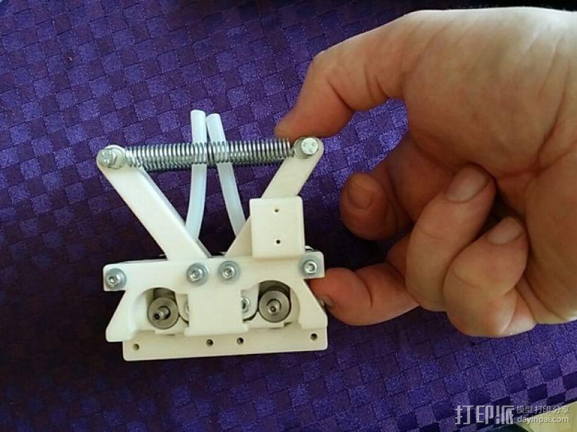 弹簧受压式双挤出机 3D模型  图3
