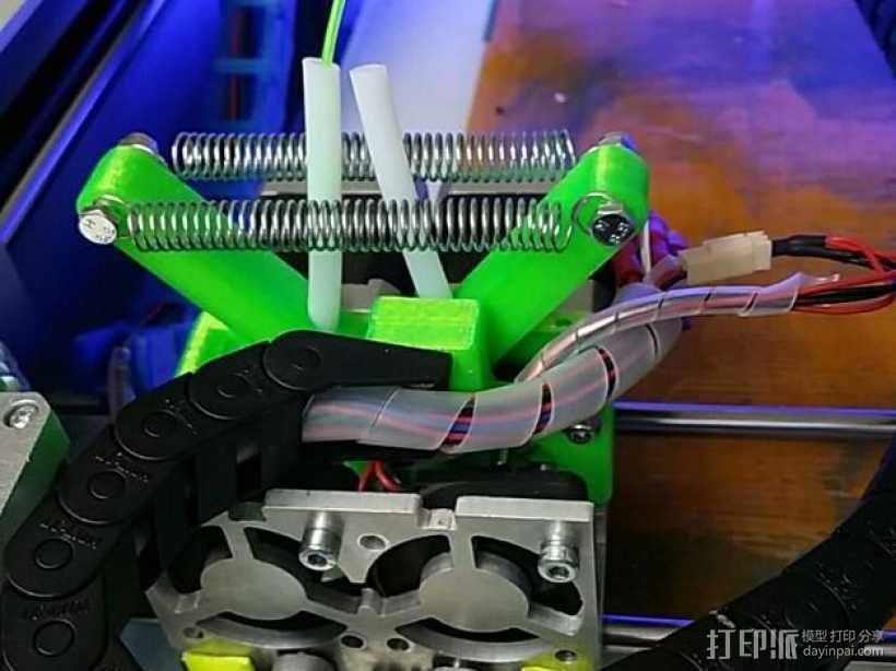 弹簧受压式双挤出机 3D模型  图6