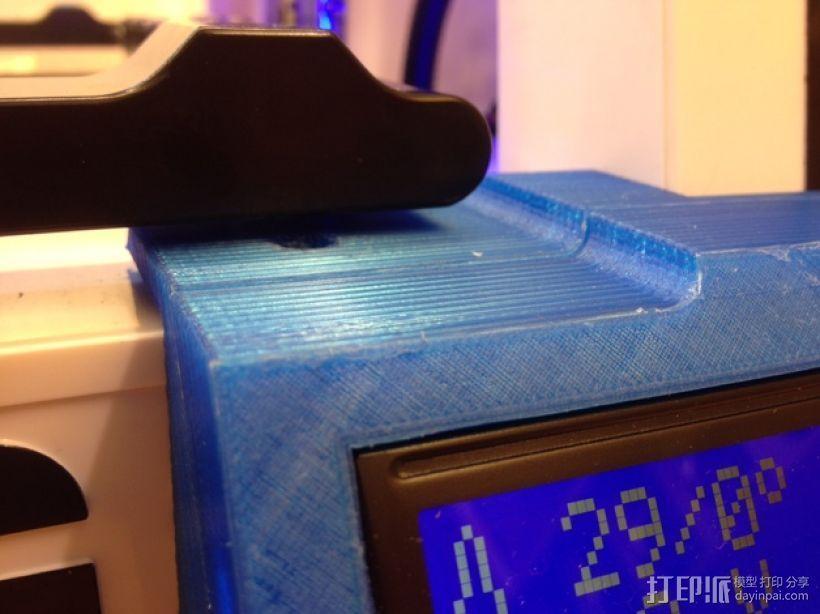 控制器显示屏外框 3D模型  图2