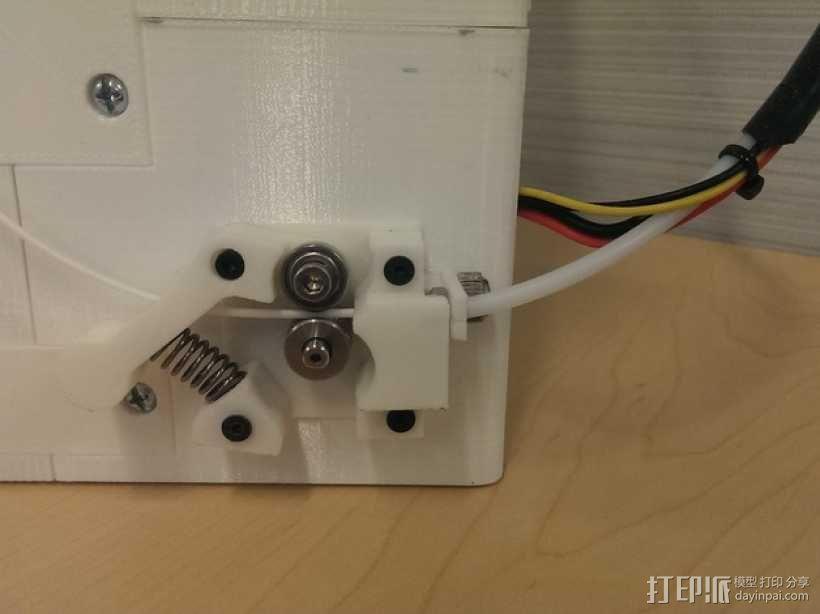 鲍登挤出机连接器 3D模型  图1