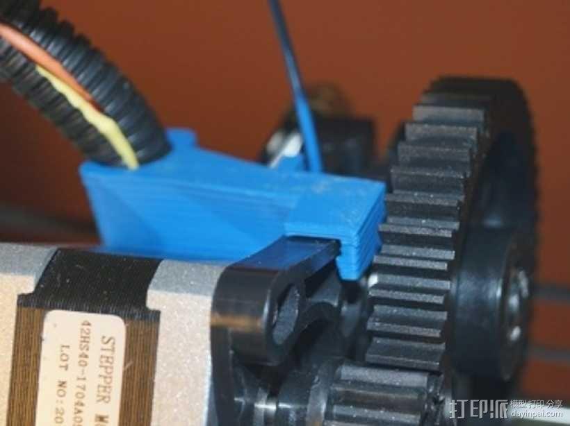 侧边电缆锁固装置 3D模型  图3