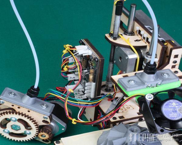 鲍登挤出机送料管 线材固定器 3D模型  图7