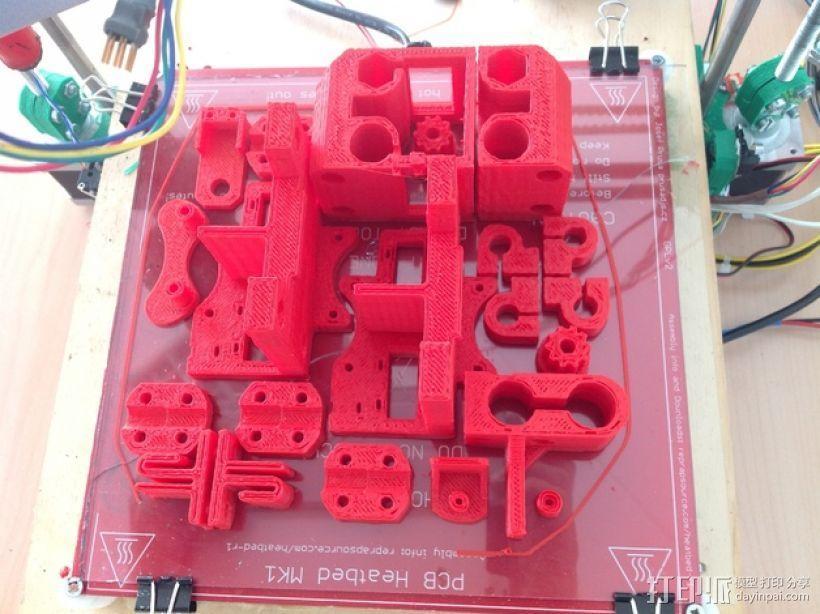 打印机底盘托架 3D模型  图3
