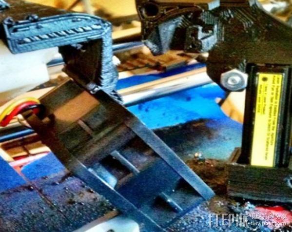 激光切割器支架 3D模型  图3
