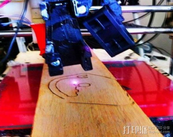 激光切割器支架 3D模型  图11