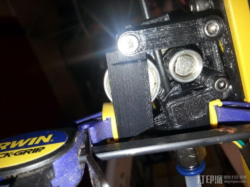 Bowden 挤出机扳机夹 3D模型  图1
