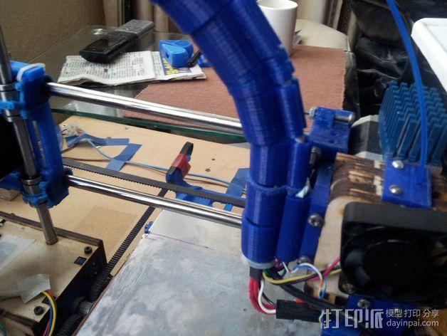导线器装置 3D模型  图23