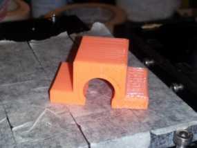 OneUp / TwoUp打印机Y轴的轴承支架 3D模型