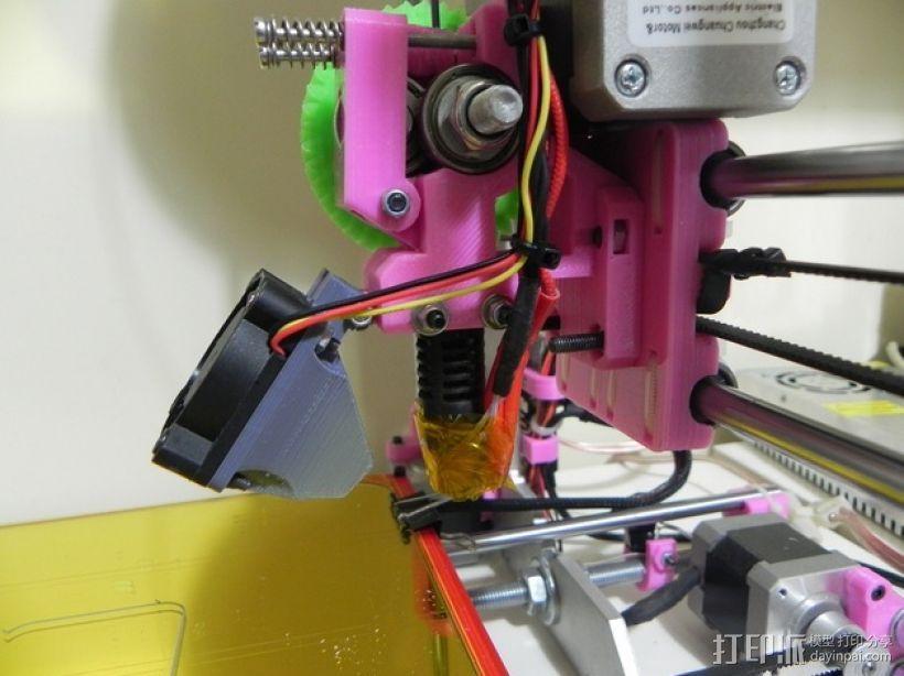 Prusa i3打印机的风扇通风导管 3D模型  图1