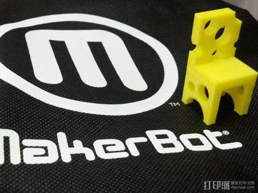 瑞士奶酪椅子 3D模型  图1